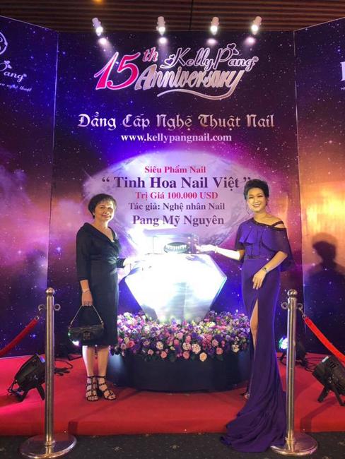 PNJ đồng hành cùng Kelly Pang trong buổi lễ kỷ niệm 15 năm thành lập