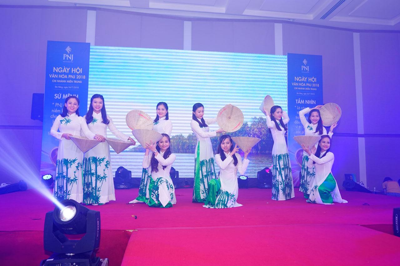 Rộn Ràng Ngày Hội Văn Hóa PNJ Chi Nhánh Miền Trung