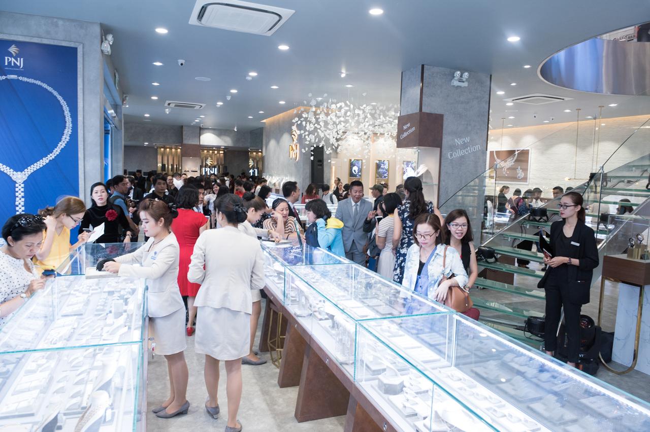 PNJ khai trương cửa hàng Flagship mô hình mới