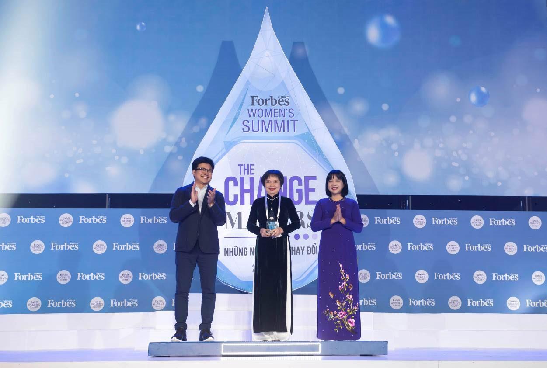 Chủ tịch PNJ tiếp tục lọt top 50 phụ nữ ảnh hưởng nhất Việt Nam